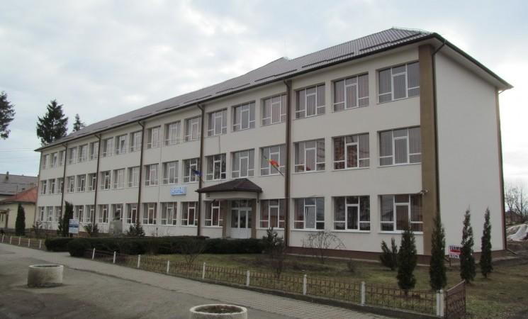 """Modernizare completă pentru Școala """"Vasile Tomegea"""" printr-un proiect de investiții de 1,5 milioane lei"""